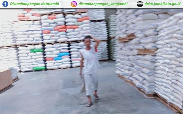 Pemantauan 11 pangan pokok strategis di tingkat distributor